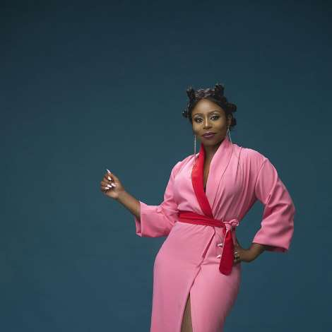 TV Personality/Producer Toyosi Phillips Stuns in New Photos