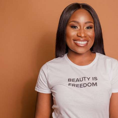 """Olamide Fetuga (Also known as PaintedByCocoa) is a make-up artist and burns survivor. She shares her story on suffering from depression after experiencing second degree burns on her face due to a hot water accident. She recently launched 'PrettyNScarred' out of frustration as she was tired of being seen for just her appearance. This project allows Olamide to use her makeup skills to help other burn survivors regain their confidence because she believes that """"No matter what you're going through, you can be who you want to be""""."""