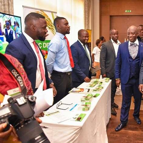H.e. Dr Mahamudu Bawumia At Usaid Fingap Programme