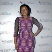 Omosexy ICONIC look at AMINA Premiere in London