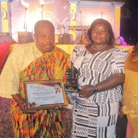 Abongobi Radio Wins Award Of Excellence 2017 (1)