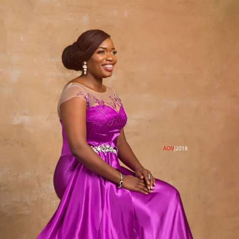 Bisola Releases Beautiful Photos To Mark Birthday