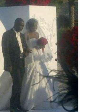 2FACE IDIBIA WHITE WEDDING PHOTOS