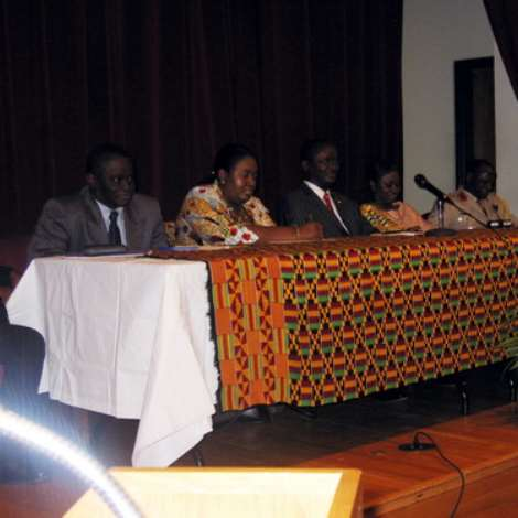 H.E. DR. Kwame Bawuah-Edusei hosted a Town Hall Meeting for the Ghanaian Community in the Washington Metro area at the Chancery of the Embassy on Friday 17th November 2006.