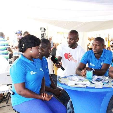 TIGO DIGITAL CHANGE LEADERS AT TV3 BLOOD DONATION ON VALENTINE''S DAY
