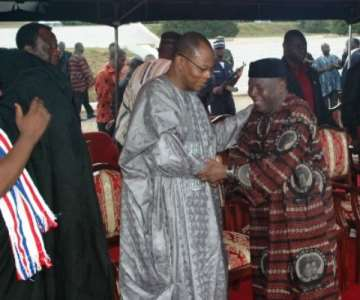 Vice President Alhaji Aliu Mahama (in a hat) consoles ECOWAS Dr Ibn Chambas, who worked closely with Madam Hawa Yakubu when she was ECOWAS MP.<br/>Source: GNA