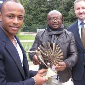 Ghana and Marseille star Andre 'Dede' Ayew has been crowned the BBC's African Footballer of the Year for 2011.