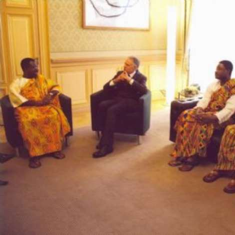 OCTOBER 19TH, 2006-His Excellency, Ambassador Kwabena-Baah-Duodu, holding discussions with His Excellency, President Moritz Leuenberger in the Federal Palace in Berne. Looking on are, from right to left: Mrs. Marjorie Addison, Second Secretary/Administration, Mr. Isaac Kwabena Agyekum, First Secretary/Consular Officer and Mr. Daniel Okaiteye-Blessyn, First Secretary/ Head of Chancery, all from the Ghana Embassy in Berne.