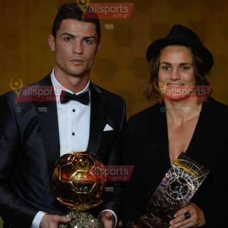In Pictures:Ronaldo receives Ballon D'or.