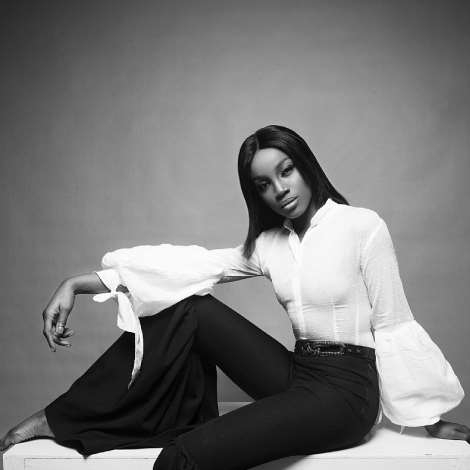 Seyi Shay Is Different Shades Of Grown And Sexy In New Photos