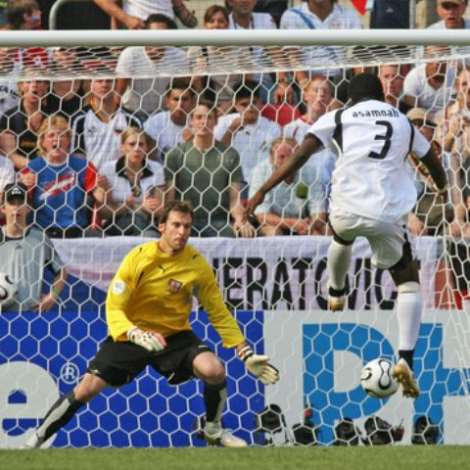 Ghana's Gyan Scores His Team's First Goal As Czech Republic's Goalkeeper Cech Looks At The Ball During Their Group E World Cup 2006 Soccer Match In Co