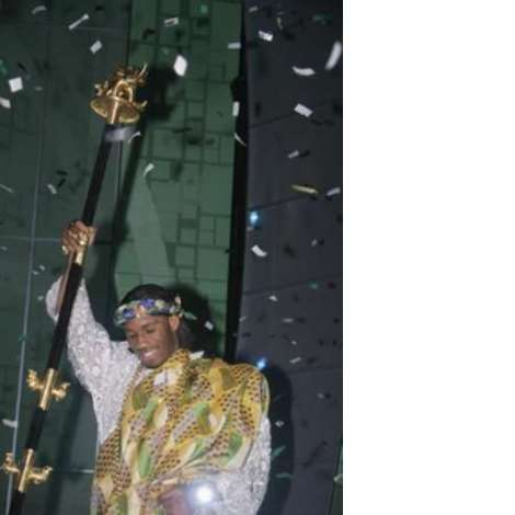 Soccer player Didier Drogba of Ivory Coast celebrates after being named the African Footballer of the Year in Ghana's capital, Accra, March 1, 2007. REUTERS/Yaw Bibini (GHANA)