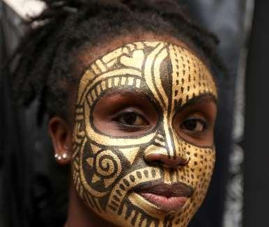 Model, N''tifafa Akoko Tete-rosenthal