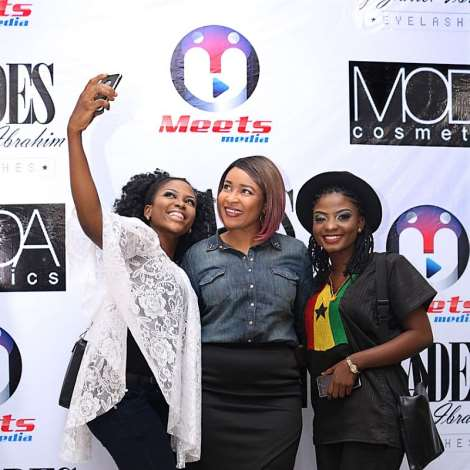 Doris Semion With Guest On The Red Carpet At Meets Media