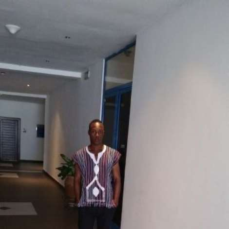 Efo Edem  Prince