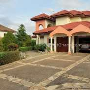 4 Bedroom House + 2 Bed BQ for Sale – Trassaco
