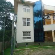 4 bedroom townhouse to let at Airport Residential