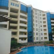 3 bedroom flat with Swimming Pool for rent Airport