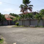 5 bedroom house for rent at Labone near Coffee Sho