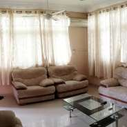 4 bedroom exec house to let Tema C10 ,gated com