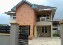 4 BEDROOMS FOR SALE NOTH LEGON