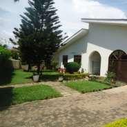 Executive 3 bedroom house to let at Regimanuel Est