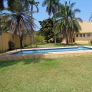 Executive 3 bedroom house with swimming pool for r