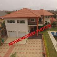 5 bedroom with pool for sale at Adjirigannor