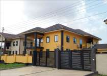 This property is a 4 bedrooms house at comm.20