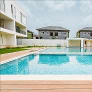 3 bedroom en-suite unfurnished townhouse