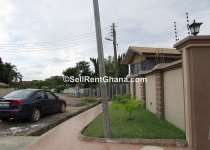 5 BEDROOMS SELF COMPOUND FOR RENT