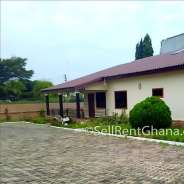 4 Bedroom House for Sale, Labone