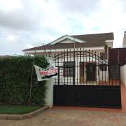 5Bedrm House For Rent at Tema Com25