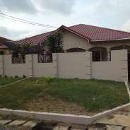 3Bedrms Houses To Let at Tema com25