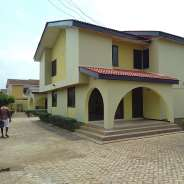 6Bedrms House To Let at Com20,Spintex