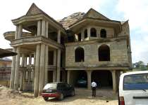 9Bedrooms House For sale at Kumasi