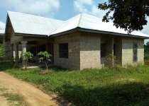 Uncompleted 4Bedrms House for sale at Kumasi