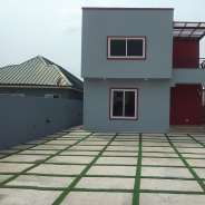 4 bedroom for sale@Ashale Botwe,lakeside