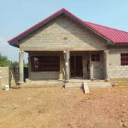 uncompleted 4 bedrooms for sale,Oyibi-sasabi