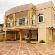 A LUXURY 4 BEDROOMS HOUSE FOR SALE AT EAST LEGON