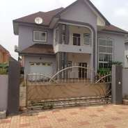 new 5 bedroom house with boys quoters ,garage