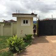 3 BEDROOM HOUSE WITH BQ&GATED YARD@ EAST LEG