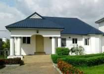 6 bedroom house with a 3 bedroom staff quarters in