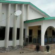 9Bedrms House For Sale at Kumasi