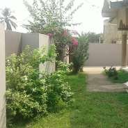 FURNISHED 5 BEDROOM WITH OUTHOUSE DANSOMAN SAKAMAN