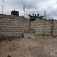 UNCOMPLETED 5 BEDROOM HOUSE AT OYARIFA