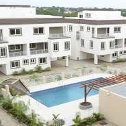 4 Bdrm Townhouse w/ Pool & Gym in Airport Res.