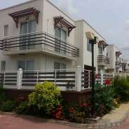 4 Bedroom Townhouse w/ Pool in Northwest Teshie