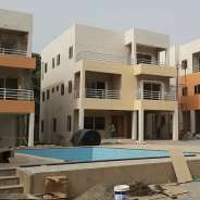 4 Bedroom Townhouse w/ Pool to let in Airport Res