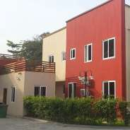3 Bdrm Townhouse w Pool & Gym to let in Cantonments